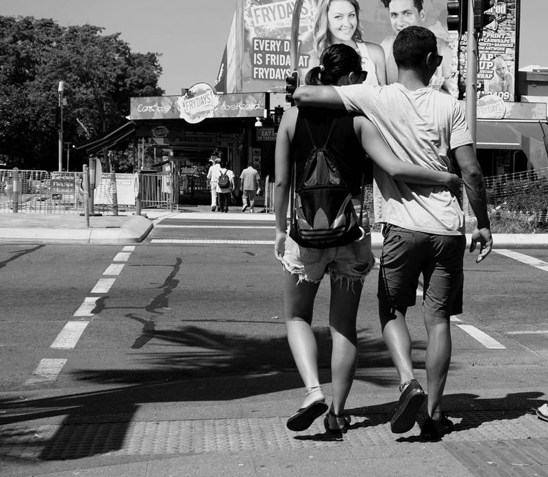 couples-on-frydays